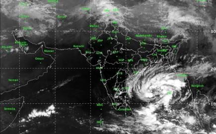 Cyclone Gaja to become the severe cyclone, weaken ahead of landfall