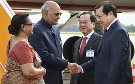 President Ram Nath Kovind visits Hindu temple complex in Vietnam